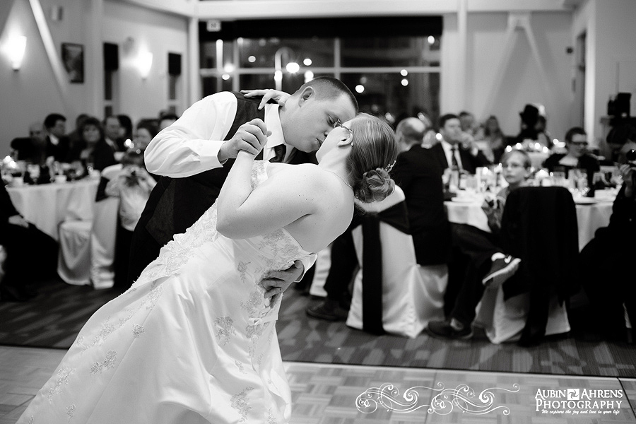 Bride_Groom_first_dance