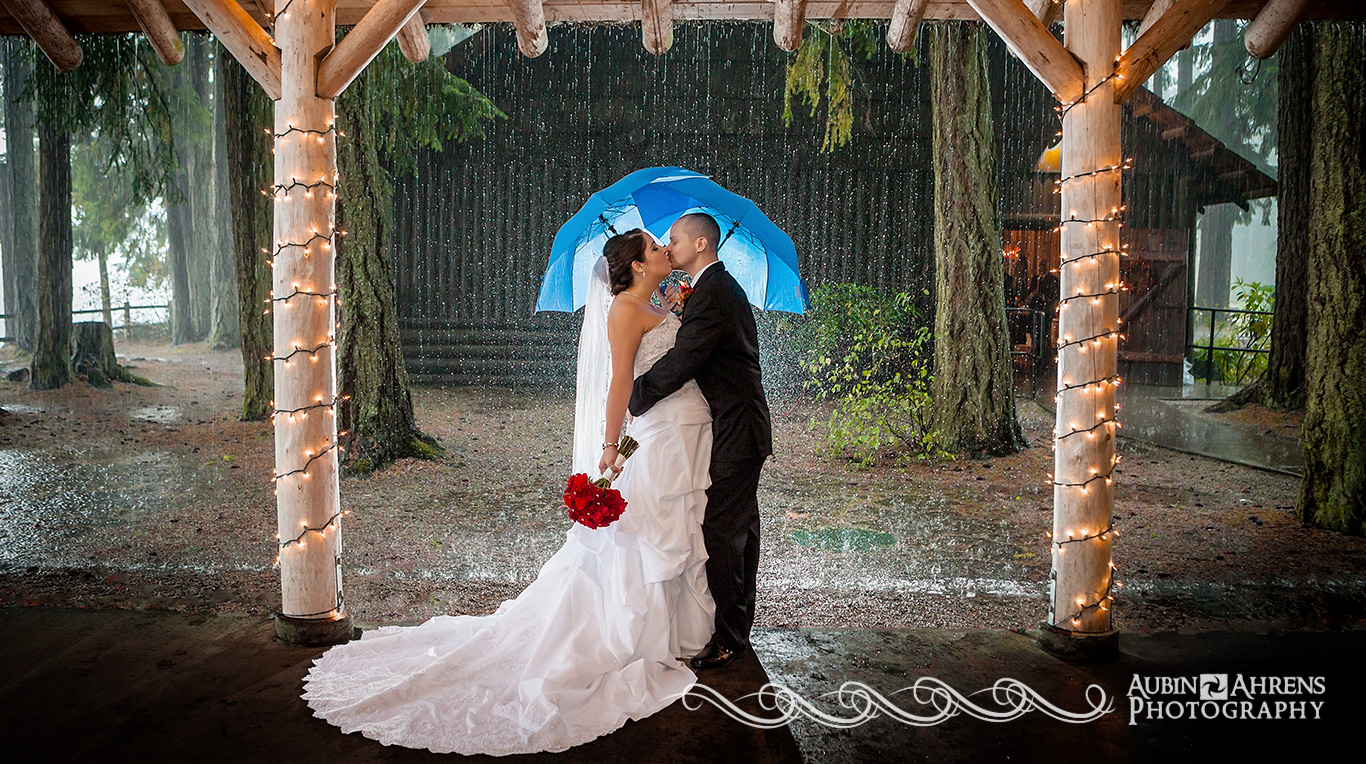 Kitsap Memorial State Park Wedding.Rainy Kitsap Memorial Wedding Aubin Ahrens Photography